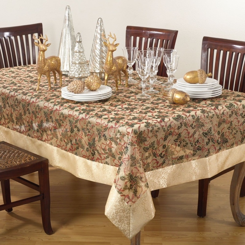 Saro Lifestyle Printed Christmas Tablecloth $54.99